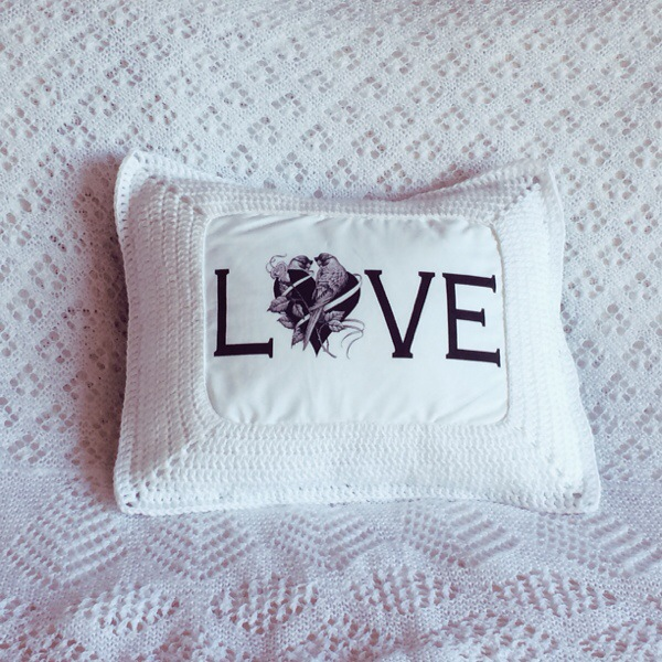Love Cushion 02