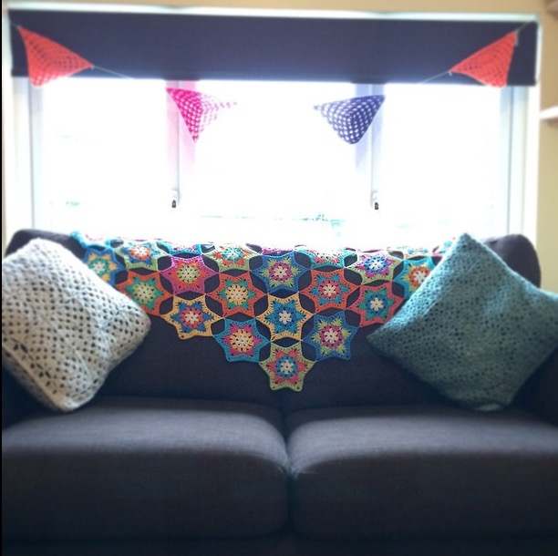 PatternPiper Hexagon Star Throw