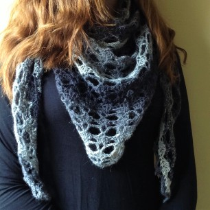 PatternPiper Crochet - Shawl_Black & White_1