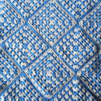 PatternPiper_Blue_Silver_Granny_Square_Blanket_01